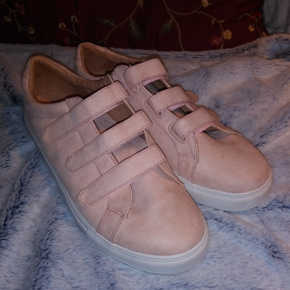 A New Day Shoes Womens Blush Pink Velcro Strap Tennis Shoes Poshmark